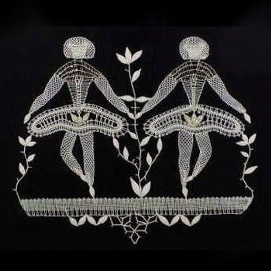 Tanečnice - paličkovaná krajka