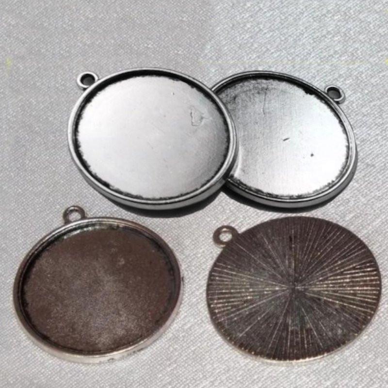 Kovové lůžko 25 mm