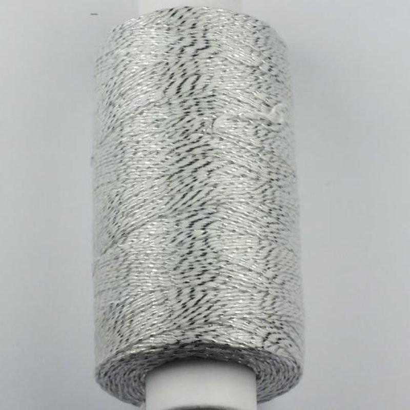 Kvalitní efektní nit 10MA - 140 m