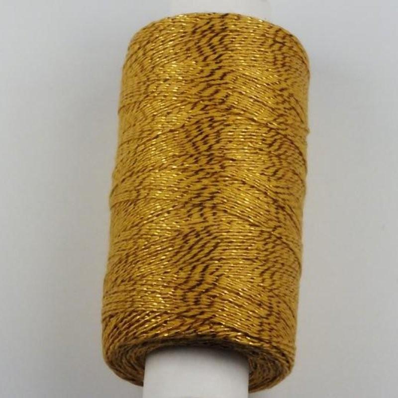 Klasická ručně vyráběná dečka z háčkované krajky